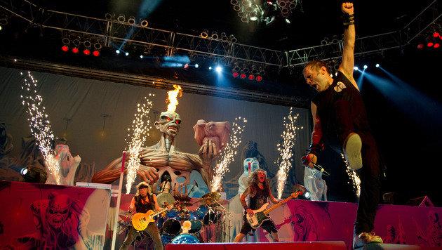 """""""10 Festivals, die ihr im Mai besuchen müsst (Bild: Iron Maiden)"""""""