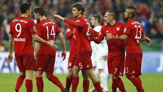 "Finale! ""Schwalbenkönig"" Vidal erlöst FC Bayern (Bild: AP)"