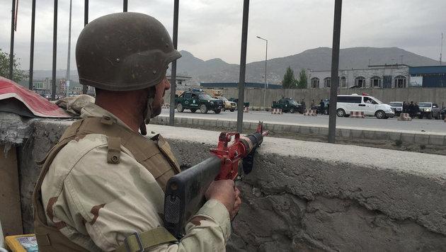 Erh�hte Alarmbereitschaft nach der Explosion in Kabul (Bild: Associated Press)