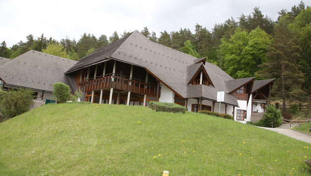 Das Hotelresort der Familie Marolt am Klopeinersee im Kärntner Sankt Kanzian (Bild: Uta Rojsek-Wiedergut)