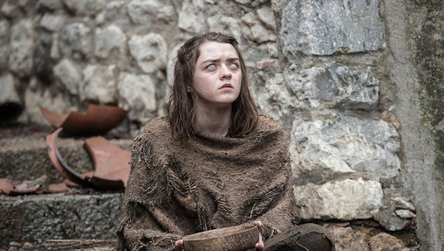 Arya Stark trainiert blind weiter. (Bild: HBO)