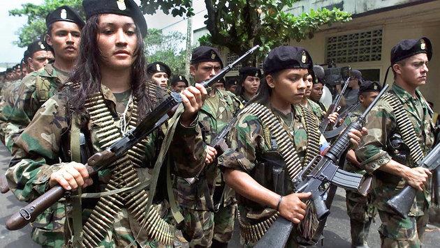 Die FARC will in Kolumbien nach 50 Jahren die Waffen niederlegen. (Bild: AFP)