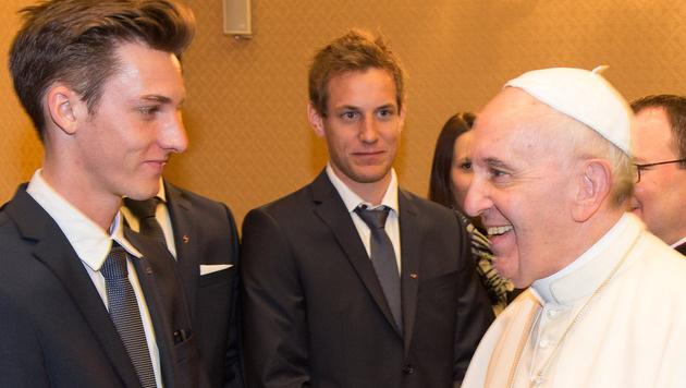 Beeindruckende Begegnung: Schlierenzauer beim Papst (Bild: GEPA)