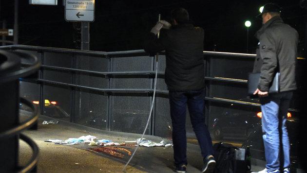 Drogenkrieg unter Asylwerbern in Wien - Festnahmen (Bild: APA/HERBERT P. OCZERET)