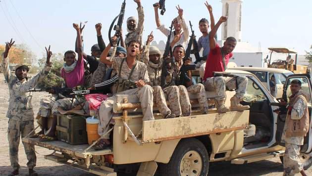 Hier lehren Dschihadisten das Sprengstoff-Mischen (Bild: APA/AFP/Saleh A-Obeidi)