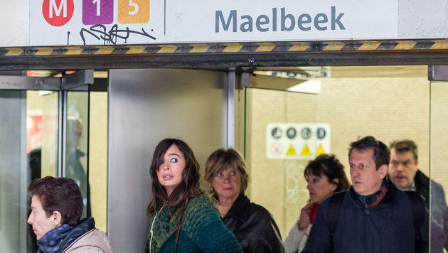 Fahrg�ste in der Station Maelbeek (Bild: ASSOCIATED PRESS)