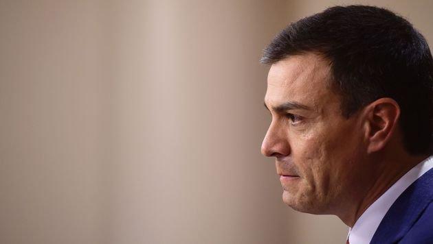 Sozialisten-Chef Pedro Sanchez hat keine Koalition schmieden können. (Bild: APA/AFP/PIERRE-PHILIPPE MARCOU)