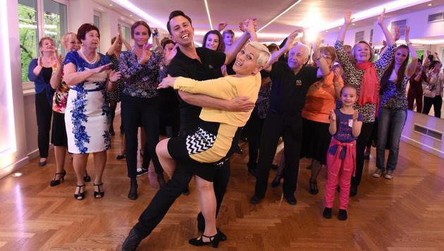 Video-Dreh für ihr neues Album: Gitti tanzt und tanzt. (Bild: Hubert Mican)