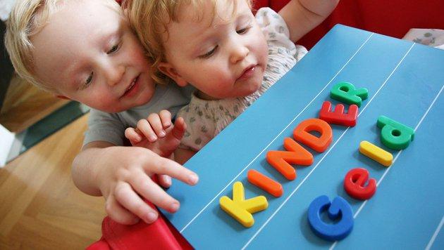 SPÖ und ÖVP einigen sich auf Kindergeldkonto (Bild: APA/Helmut Fohringer)