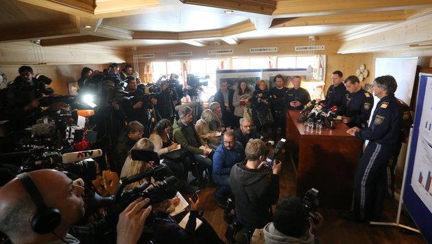 Die Polizei gab in einer Pressekonferenz bekannt, wie das Grenzmanagement gestaltet wird. (Bild: Christof Birbaumer)