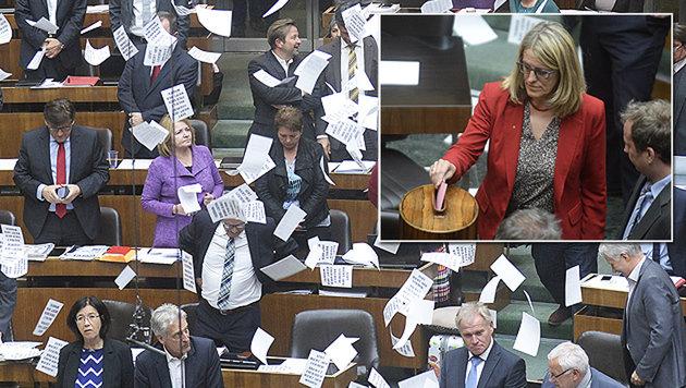 """""""Zettelregen"""" im Parlament; Ulrike Königsberger-Ludwig stimmte gegen die Novelle. (Bild: APA/ROBERT JAEGER)"""