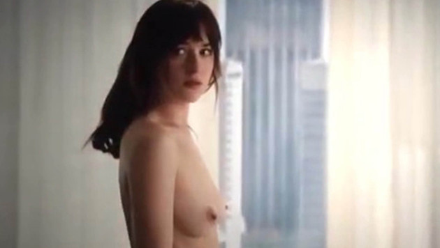 "Dakota Johnson in ""Fifty Shades Of Grey"" (Bild: Viennareport)"