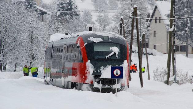 Viele Zugverbindungen waren unterbrochen. (Bild: Hannes Wallner)