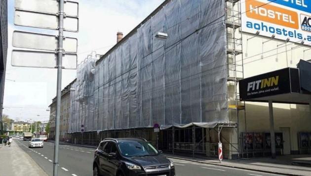 Die Hotelbaustelle in der alten Brotfabrik: Noch im Sommer will die Kette in Salzburg eröffnen. (Bild: Sabine Salzmann)