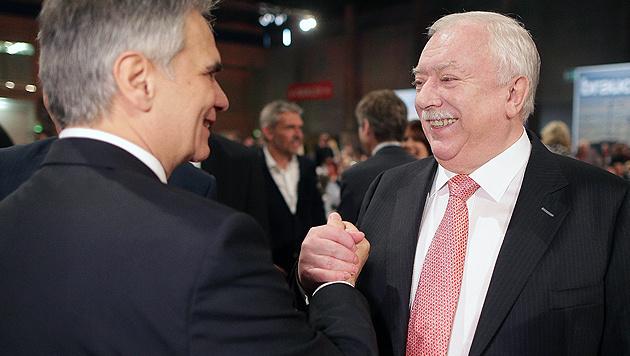 Gemeinsam gegen Parteirebellen: Faymann (li.) und Häupl (Bild: APA/GEORG HOCHMUTH)