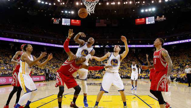 Warriors im Play-off auch ohne Curry locker weiter (Bild: APA/AFP/GETTY IMAGES/EZRA SHAW)