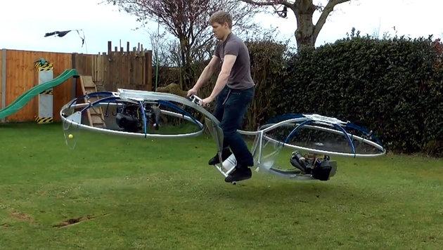 Brite baut sich funktionierendes Hoverbike (Bild: YouTube.com)