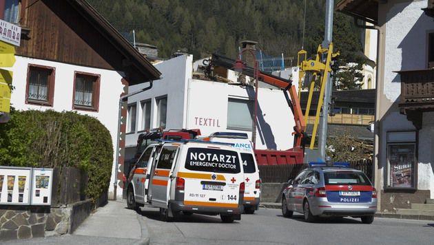 20-jähriger Arbeiter von Dach in den Tod gestürzt (Bild: zeitungsfoto.at/Daniel Liebl)