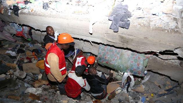 Kenia: Wohnhaus-Einsturz forderte sieben Tote (Bild: AFP)