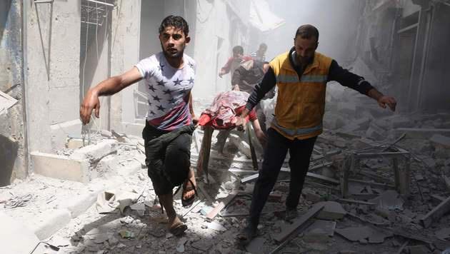 Syrien: Kurzzeitige Feuerpause in Kraft getreten (Bild: APA/AFP/AMEER ALHALBI)