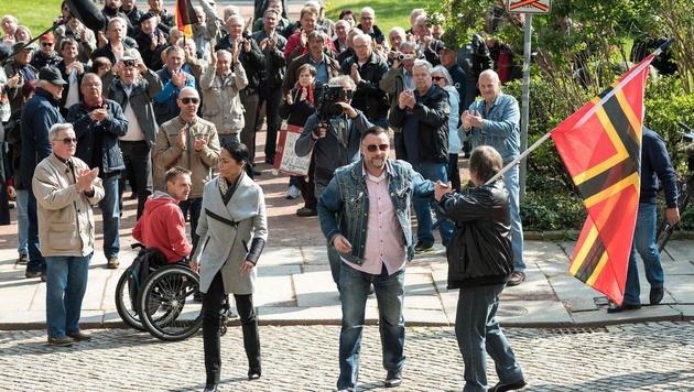 Pegida-Gründer wegen Volksverhetzung verurteilt (Bild: APA/AFP/dpa/JENS SCHLUETER)
