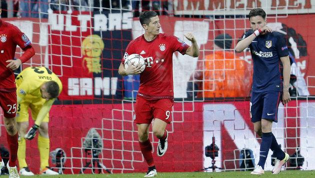 Das Tor von Lewandowski zum 2:1 sollte am Ende für die Bayern nicht reichen. (Bild: AP)