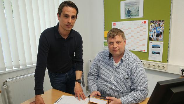Die Betriebsräte Heinrich Schneider (li.)und Günter Wukovits (Bild: Peter Tomschi)