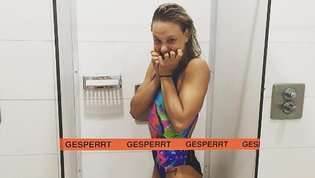 Schwimmerin Lisa Zaiser glänzt auf Instagram immer wieder mit kuriosen Fotos! (Bild: instagram.com/Lisa Zaiser)