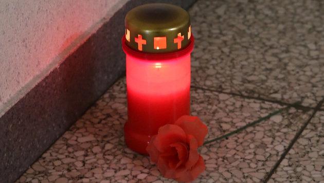 Kerze im Gedenken an Maria E. (Bild: zwefo)