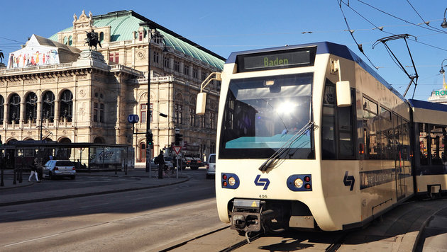 Einwegspritzen auf Sitzen der Badner Bahn entdeckt (Bild: WLB/Johannes Zinner)