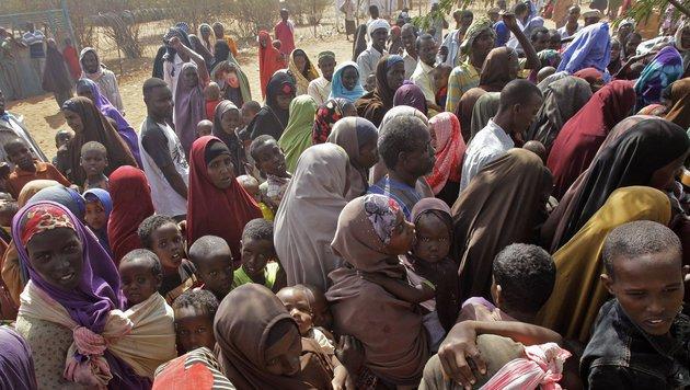 Flüchtlingslager mit 600.000 Menschen vor dem Aus (Bild: AP)