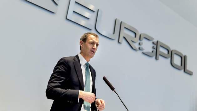 Europol-Direktor Rob Wainwright (Bild: APA/AFP/ANP/JERRY LAMPEN)