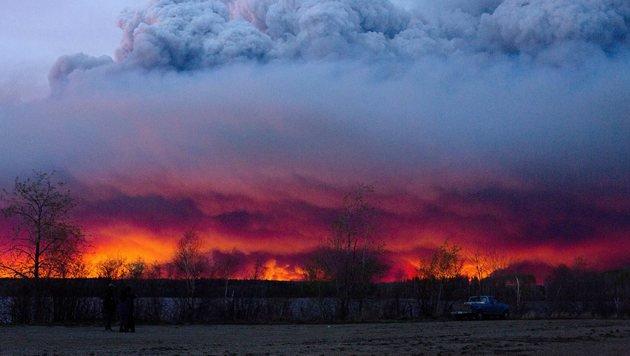 Kanada will 25.000 Menschen per Luftbrücke retten (Bild: Associated Press)