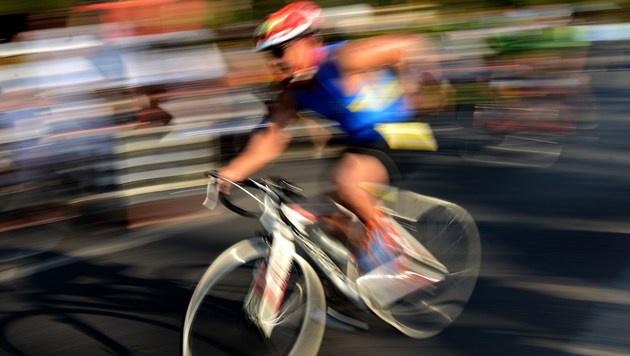 Triathlon Symbolbild (Bild: APA/AFP/SONNY TUMBELAKA (Symbolbild))