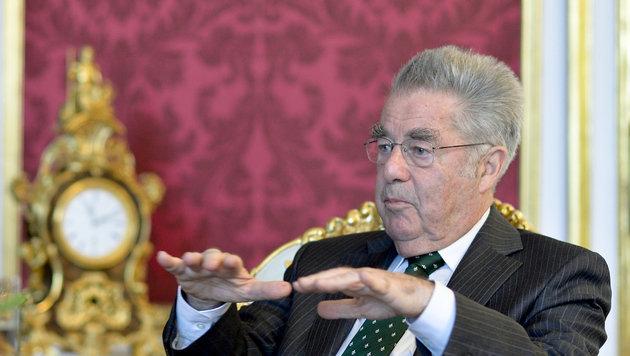 Bundespräsident Heinz Fischer (Bild: APA/HERBERT NEUBAUER)