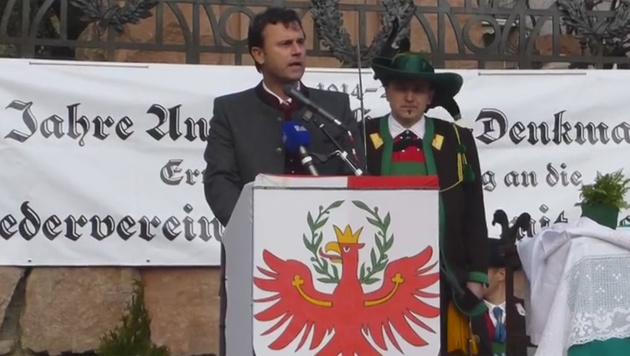 """Hofer: """"Südtiroler, eure Heimat ist Österreich!"""" (Bild: Screenshot/Facebook.com)"""