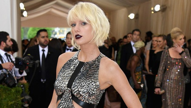 "Taylor Swift bei der ""Met Gala"" in New York (Bild: APA/AFP/GETTY IMAGES/Larry Busacca)"