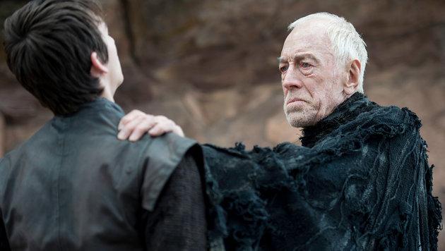 Die dreiäugige Krähe zeigt Bran Stark die Vergangenheit. (Bild: HBO)