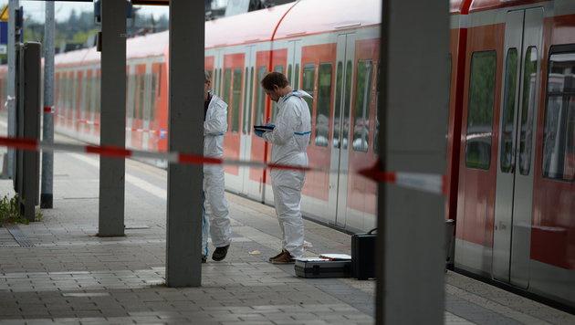 Spurensicherung in Grafing bei München (Bild: APA/dpa/Andreas Gebert)