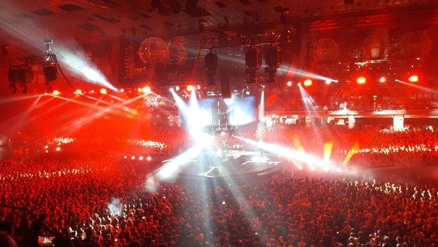 Muse setzten neue Arenen-Konzert-Maßstäbe (Bild: Robert Fröwein)
