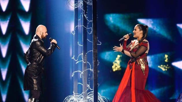 "Bosnien-Herzegowinas Dalal & Deen feat. Ana Rucner and Jala singen ""Ljubav Je"". (Bild: APA/AFP/TT News Agency/MAJA SUSLIN/TT)"