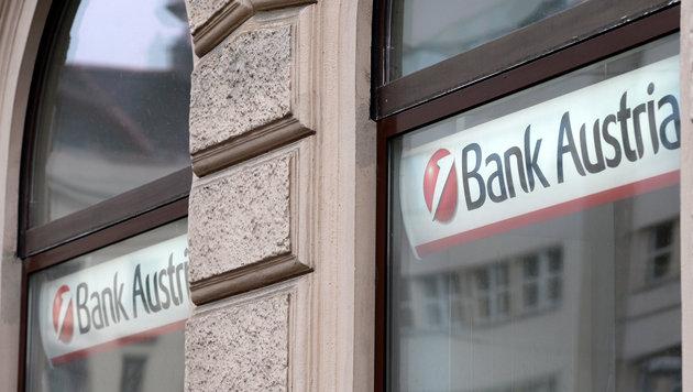 Bank Austria: Über 2000 Stellen gefährdet (Bild: APA/ROLAND SCHLAGER)