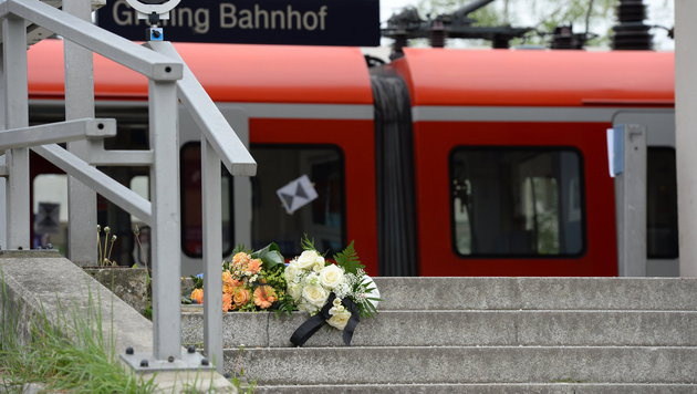 Tatort der Messerattacke in Grafing (Bild: APA/dpa/Andreas Gebert)