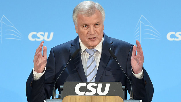 CSU-Chef Horst Seehofer (Bild: APA/dpa/Tobias Hase)