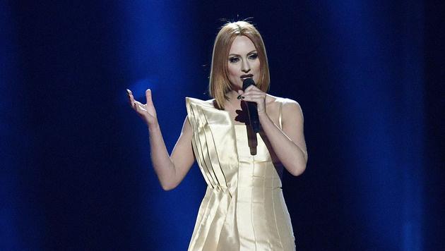 """Eneda Tarifa singt für Albanien ihren Song """"Fairytale"""". (Bild: AP)"""