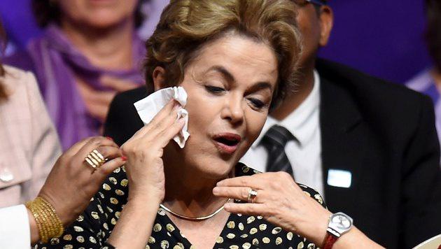 Mehrheit f�r Amtsenthebungsprozess gegen Rousseff (Bild: APA/AFP/EVARISTO SA)