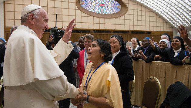 """Papst l�sst geweihtes Amt f�r Frauen pr�fen (Bild: AP/L""""Osservatore Romano)"""