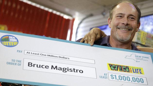 Bauarbeiter gewinnt zum 2. Mal eine Million Dollar (Bild: Associated Press)