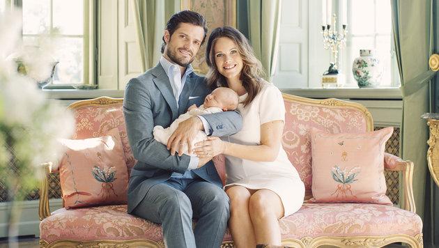 Prinz Carl Philip und Sofia mit ihrem erstgeborenen Sohn Alexander (Bild: Erika Gerdemark/Kungahuset.se)