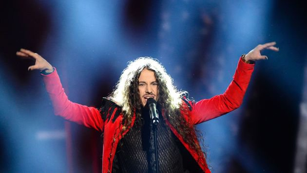 "Polens Zirkusdirektor Michal Szpak schmetterte ""Colour Of Your Life"". (Bild: AFP)"